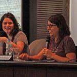 Carmen e Fernanda falam para alunos da FAAP na Semana de Artes Plásticas da faculdade